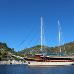 2.boat1-yoga-cruise-croatia